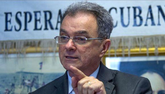 Ramón Saúl Sánchez es líder del Movimiento Democracia, conocido por organizar flotillas de protesta. (Foto: EFE)