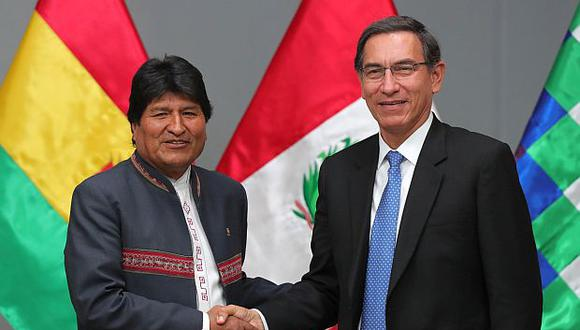 Martín Vizcarra y Evo Morales participaron hoy en un encuentro presidencial en la ciudad de Ilo, en la región Moquegua. (Perú).