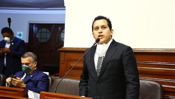 El caso contra Luna fue desestimado por cuatro votos en contra y tres a favor (Congreso).