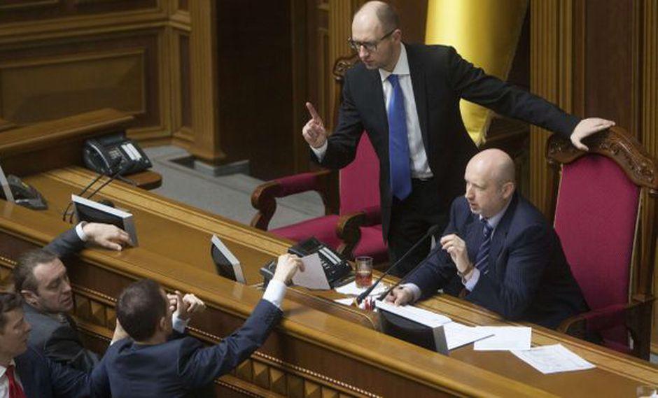 Ucrania: Parlamento rechaza referéndum sobre integridad territorial del país. (Reuters)