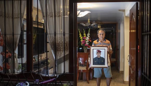 José Chávez, padre de uno de los policías asesinados en el 'Andahuaylazo', exige que Humala cumpla toda su condena. (Foto: César Campos)