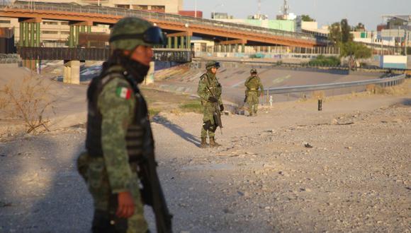 """Los sobrevivientes, parte de un grupo de 17 salvadoreños, dijeron que """"tres sujetos, al parecer policías"""" comenzaron a perseguirlos en un vehículo. (Foto referencial: EFE)"""