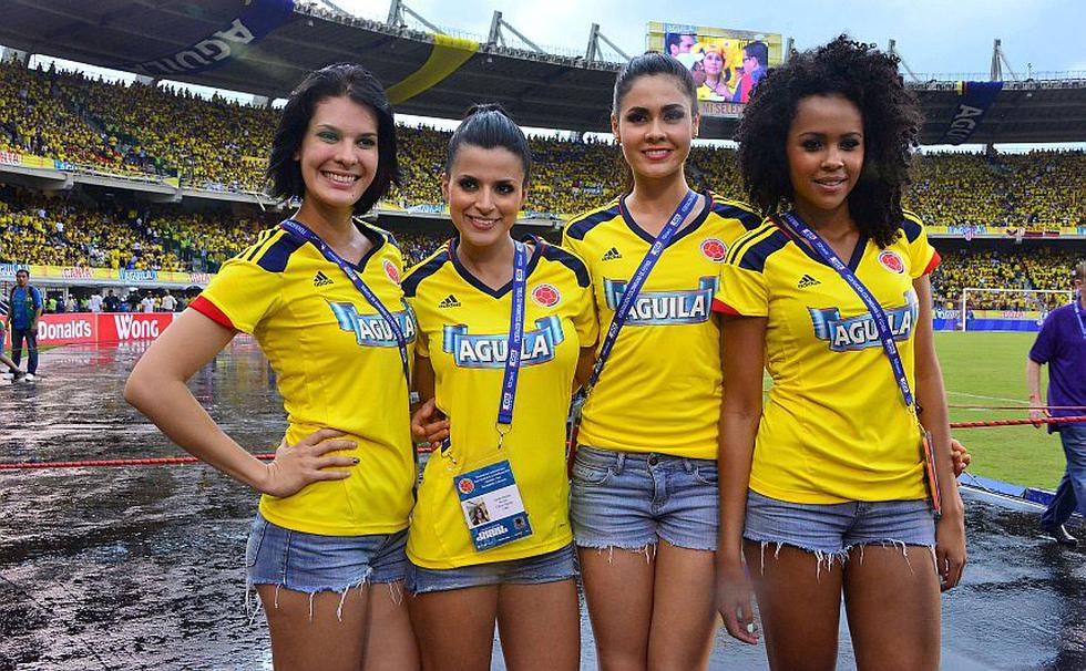 La belleza colombiana se hizo presente en el partido. (AFP)