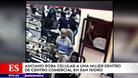 Anciano sustrajo celular de clienta de tienda por departamentos. (Foto: América Noticias)