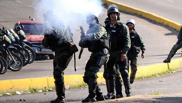 Hace algunos días un estudiante de 14 años fue asesinado por un policía venezolano. (AFP)