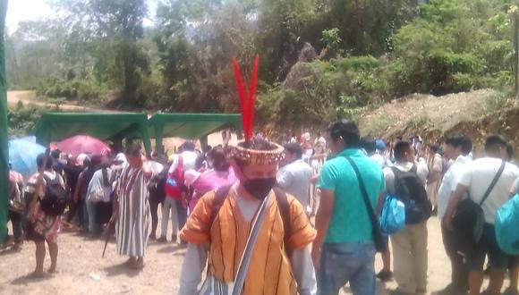 Los nativos señalaron que el paro será indefinido hasta que las autoridades regionales y del Ejecutivo lleguen a la zona. (Foto: Difusión)