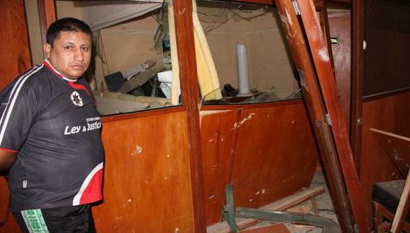 DAÑOS MATERIALES. La Policía busca a los autores del atentado. (Inforegión)