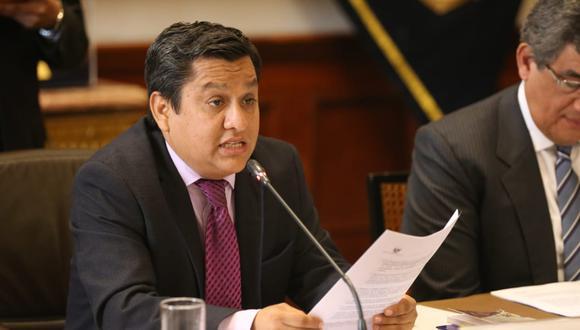 El congresista César Vásquez criticó que el presidente haya tenido que acudir a la negociación con autoridades arequipeñas. (Foto: Congreso / Video: Canal N)