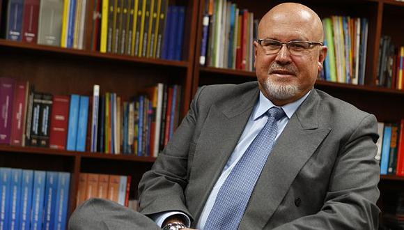 Carlos Bruce defendió la unión civil entre parejas del mismo sexo. (Luis Gonzales)