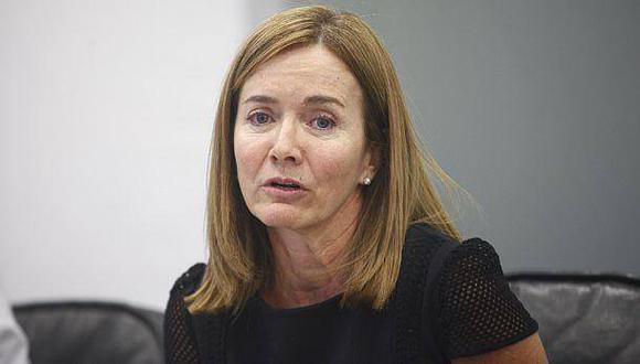 """Ministra Marilú Martens reiteró que el Currículo Nacional no contiene """"ideología de género""""."""