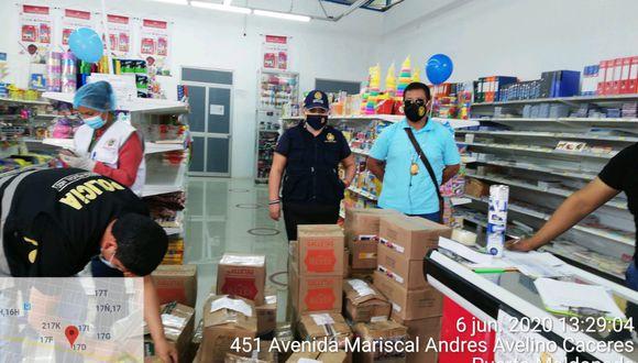 Madre de Dios: Policía interviene librería sin licencia donde vendían productos de primera necesidad. (PNP)