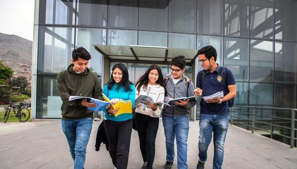 OEFA ofrece 72 becas de estudio para su curso de extensión universitaria 2022 (Foto: Andina)