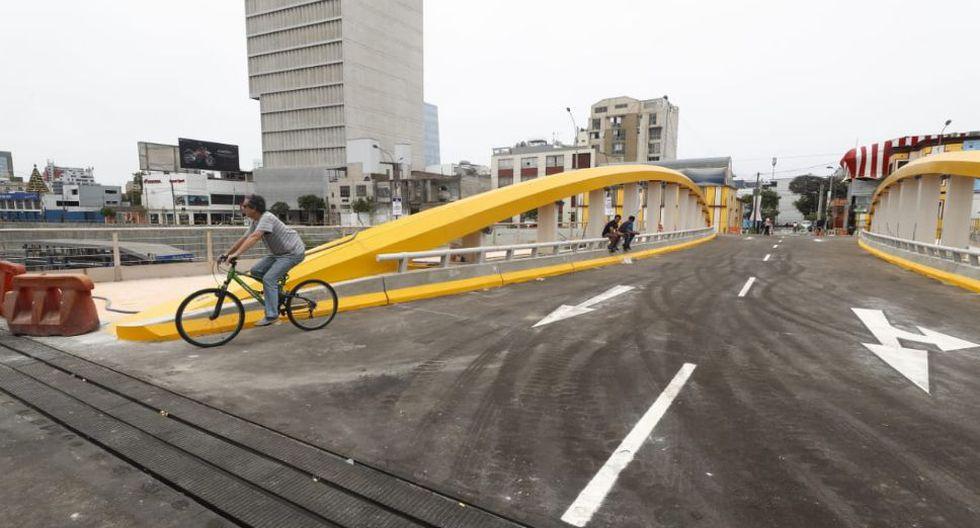 De acuerdo a las imágenes difundidas, solo se estaría permitiendo el tránsito de las personas. (Foto: GEC/Cesar Campos)