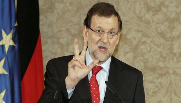 Mariano Rajoy bajo la lupa. (EFE)
