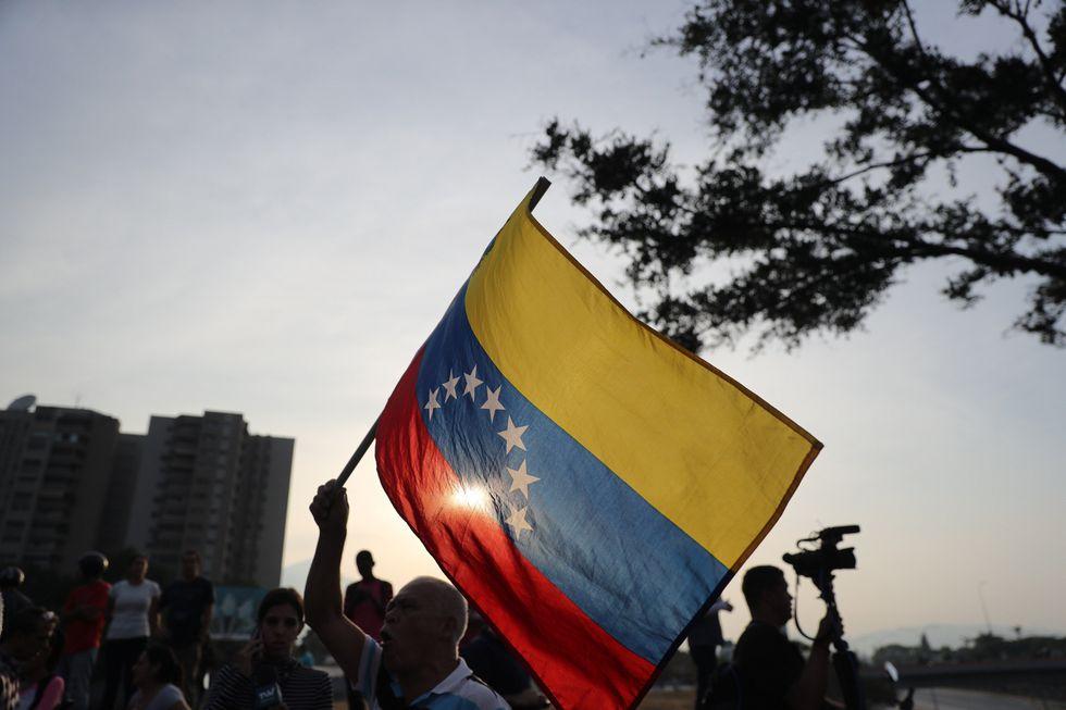 """Andrés Gómez señaló que el lenguaje del presidente cubano Miguel Díaz-Canel puede vaticinar un """"desenlace de mucha violencia"""".(Foto: EFE)"""