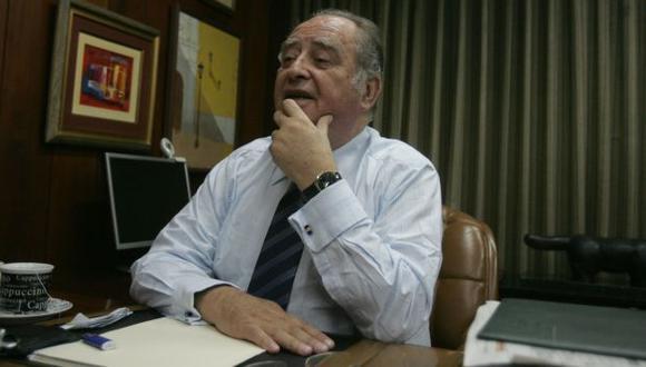 """""""Es autoritario"""", afirma. (Perú21)"""