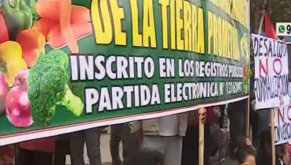El terreno reclamado por los ambulantes, ubicado al costado de gran Mercado Mayorista de Santa Anita, es administrado por la Municipalidad de Lima. (Foto: Captura/América Noticias)