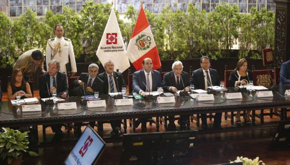 Cónclave positivo. Encuentro realizado en Palacio de Gobierno permitió conocer medidas concretas. (Mario Zapata/Perú21)