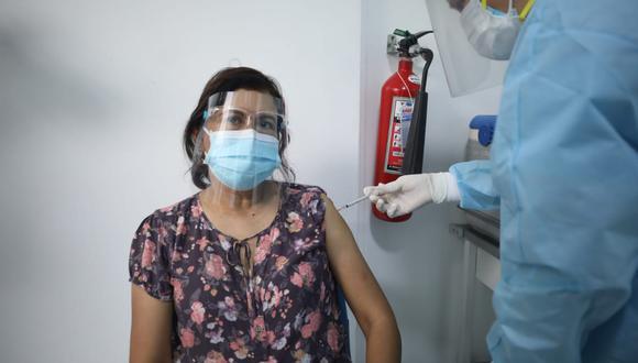 La primera fase contempla al personal de salud. (FOTOS BRITANIE ARROYO / @PHOTO.GEC)