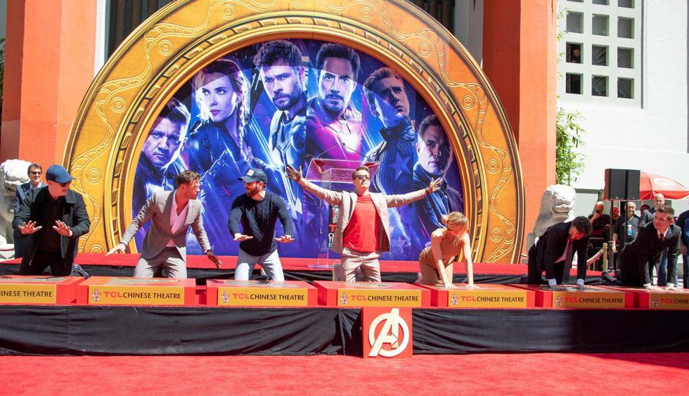 """Protagonistas de """"Avengers: Endgame"""" dejaron sus huellas en el Paseo de la Fama de Hollywood. (Foto: AFP)"""