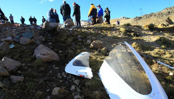 Calcinada. Nave cayó cerca de una torre de alta tensión en el kilómetro 129 de la Carretera Central. (Alessandro Currarino/USI)