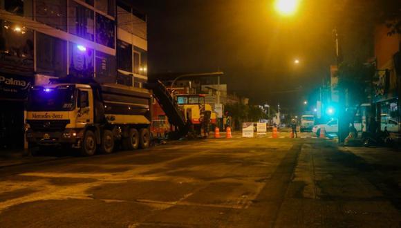La Municipalidad de Lima indicó que las labores se realizan de 10 p.m. a 5 a.m. para evitar la restricción del tránsito durante horas de gran fluidez vehicular. (Foto: MML)