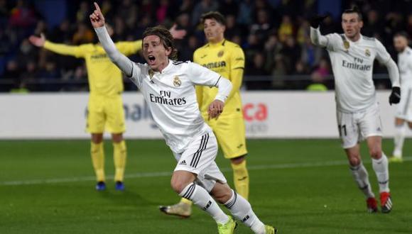 Real Madrid se ubica tercero en LaLiga con 65 puntos, mientras que Villarreal busca salvarse del descenso y suma 40 unidades en el decimocuarto lugar de la clasificación. (Foto: AFP)