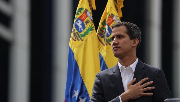Juan Guaidó, líder del Parlamento de Venezuela, cumple este sábado un mes de haberse proclamado presidente interino. (Foto: EFE)