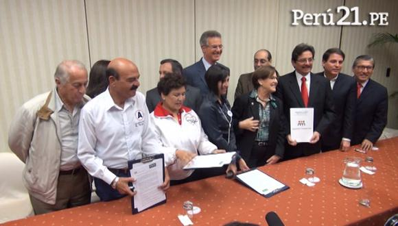Candidatos a la Municipalidad de Lima firman acuerdo por un mejor tránsito. (Perú21)