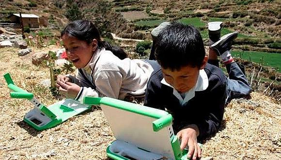 Tablets beneficiarán a estudiantes de zonas rurales.