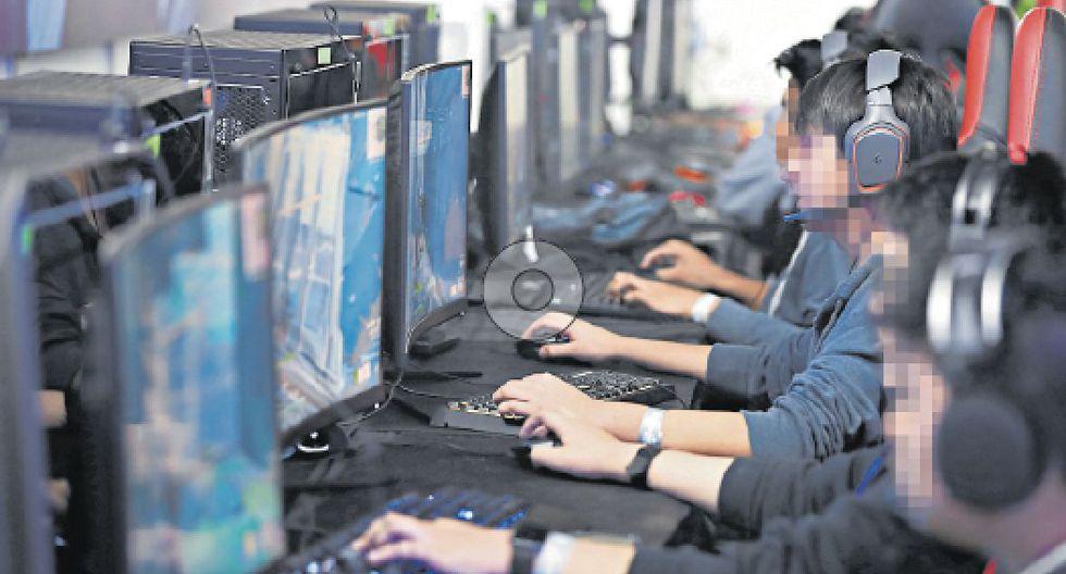 CUIDADO. Adolescentes de entre 12 y 17 años son los más afectados por la adicción a videojuegos. (GEC)