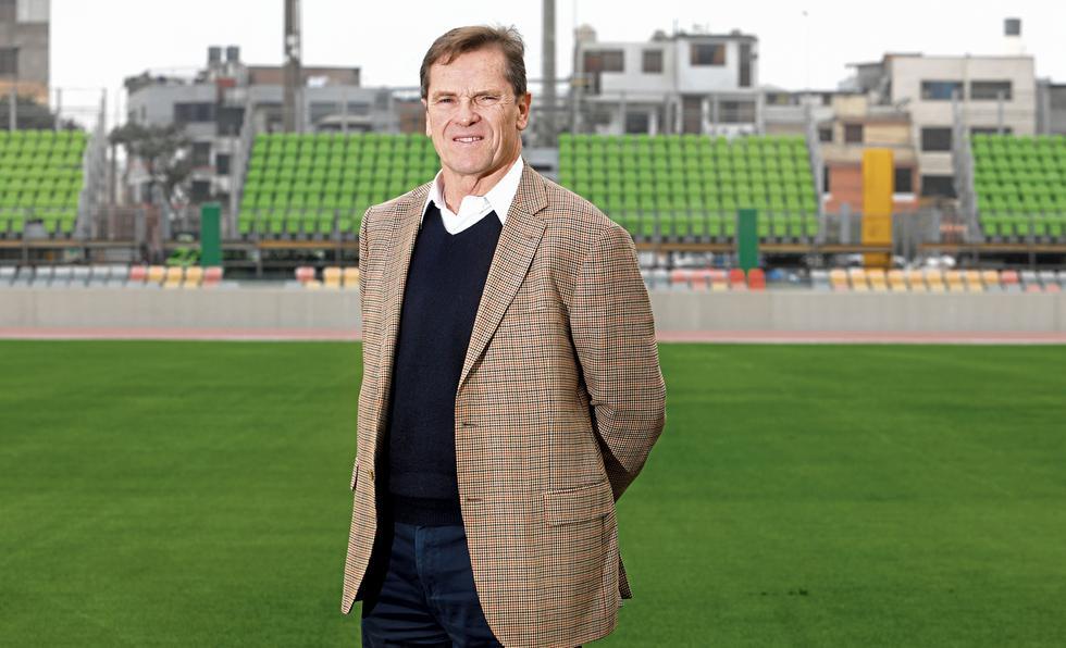 CUENTAS CLARAS. Carlos Neuhaus sostiene que la inversión en los Juegos Panamericanos y Parapanamericanos ha sido 700 millones de soles menos de lo programado inicialmente. (Piko Tamashiro)