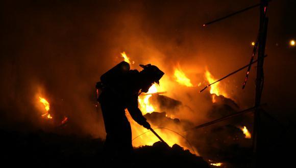 Soldados de fuego, segundo a segundo de pie para salvar vidas (USI)