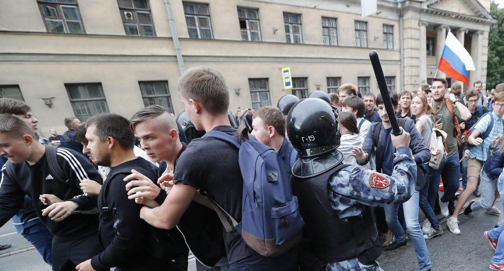 Las manifestaciones se realizaron en el mismo día que las elecciones regionales (Efe).