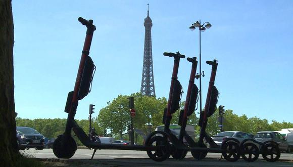 Los patinetes eléctricos aparecieron hace un año en París y se calcula que hay unos 20.000. De momento no existe una ley que regule su uso. (Foto referencial: AFP)
