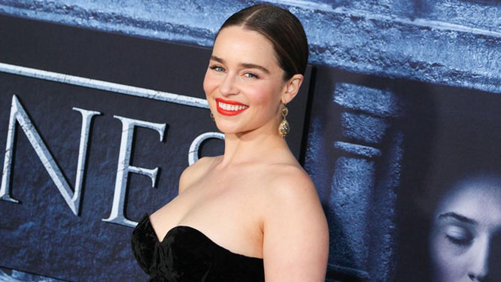 """""""Me gusta mucho viajar y hacer cosas locas"""", dijo Emilia Clarke. (HBO)"""