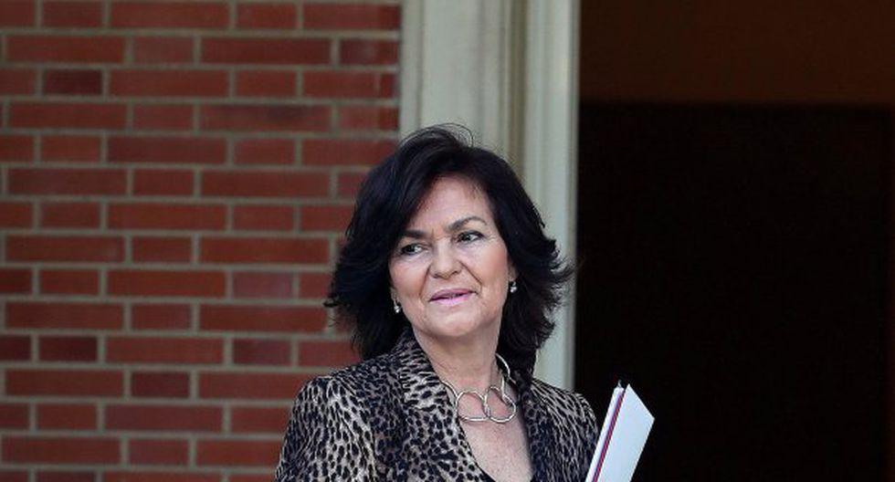 """La condición de la vicepresidenta de España, Carmen Calvo, de 62 años, """"evoluciona favorablemente"""", según un comunicado del ejecutivo. (Foto: EFE)"""