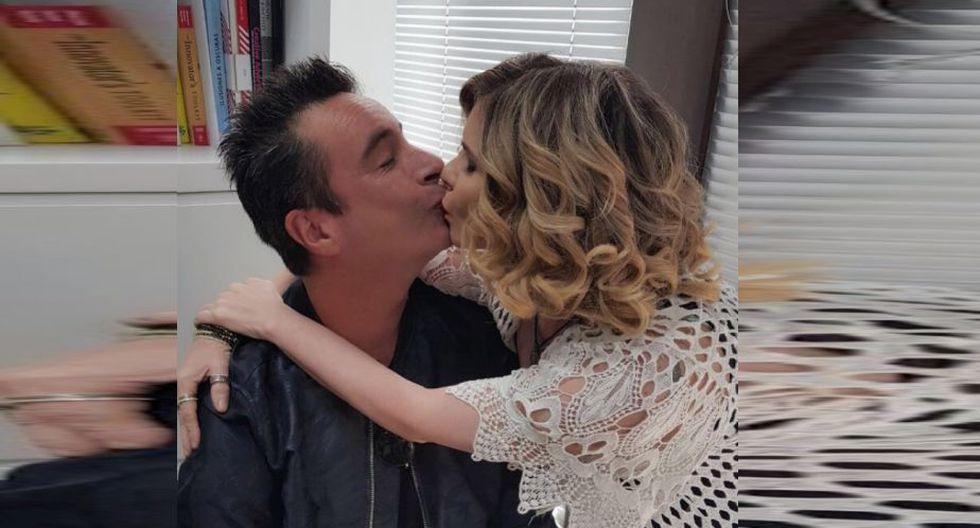 Johanna San Miguel y Carlos Carlín