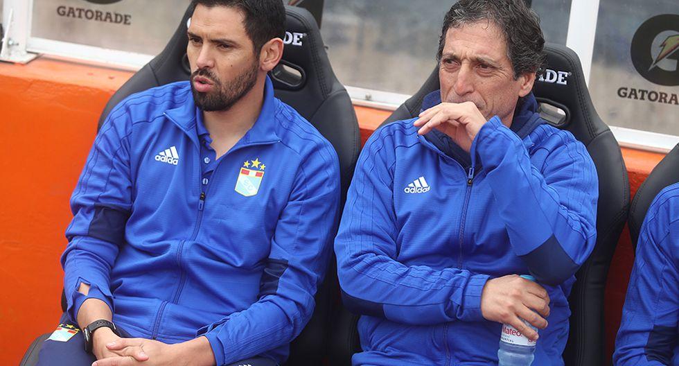 Mario salas siempre llevaba una botella con agua en la mano y Horacio Calcaterra reveló el por qué. (Foto: GEC)