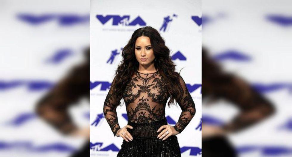 La actriz y cantante canceló una gira con los Jonas Brothers en 2010 para ser internada. (Foto: EFE)