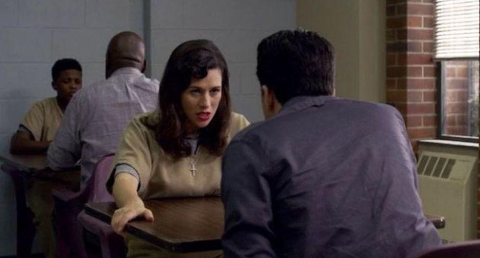 Y si seguimos hablando de lugares raros para tener relaciones, Morello y Muccio lo hicieron a plena vista en la cárcel (Netflix)