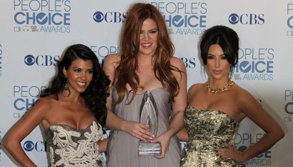 """Las hermanas Kardashian y su madre entregaron relojes rolex de 10 mil dólares a los integrantes del equipo de producción """"Keeping up with the Kardashians"""". (Foto referencial: Valerie Macon / AFP)"""