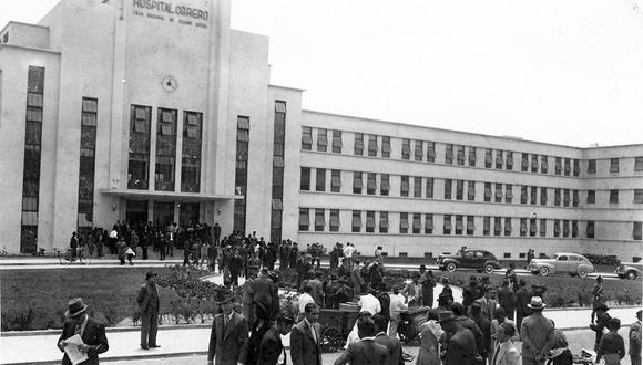 Exteriores del hospital Almenara que en 1960 era conocido como Obrero. Foto: GEC Archivo Histórico.