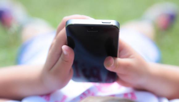 Este pedido se da par la creciente preocupación sobre los efectos de los gadgets y las redes sociales en los jóvenes. (Apple/Getty Images)