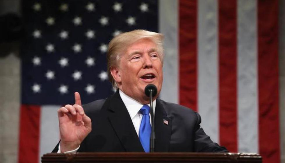 """Donald Trump cuestionó que el autor del artículo fuera realmente un funcionario de su entorno; y dijo que, si efectivamente lo es, eso constituiría una """"traición"""".(Foto: EFE)"""