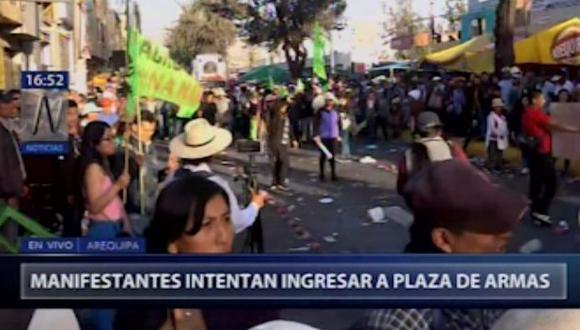 Incidentes se registran durante el Corso de la Amistad que se realizad por el aniversario de Arequipa.