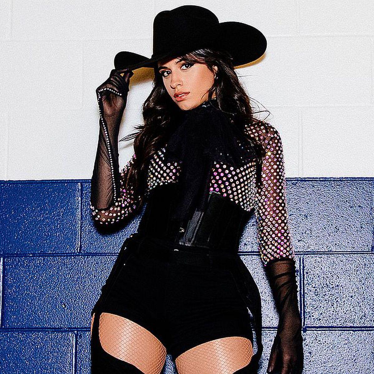 Homenaje Quintanilla Camila Cabello Le A Selena Rindió CxodeB