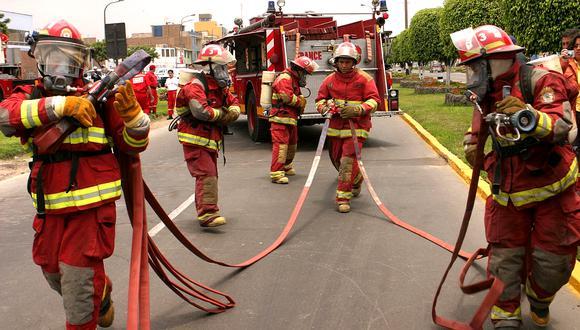 Bomberos del Perú solicitan facilidades para desplazarse durante el estado de emergencia y la cuarentena en nuestro país. (GEC)