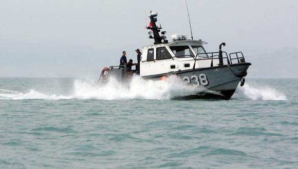 La búsqueda de la nave se complica por los oleajes. (Perú21)