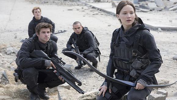 Jennifer Lawrence y actores de 'Los juegos del hambre' harán voto de silencio por víctimas de París. (AP)